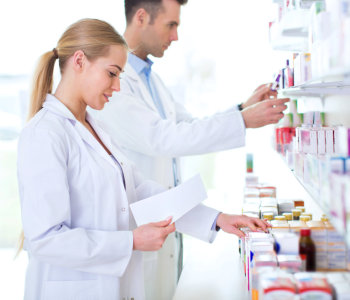 two pharmacists sorting the medicines
